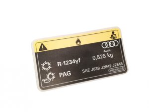 AC system information label sticker 525 g R1234YF Audi A4 A5