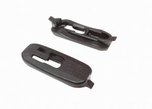 Lower door trim strip mounting clip AUDI A3 1997-2003